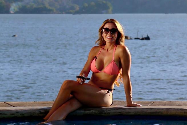 cigar-vixen-niaragua-is-hot-granada