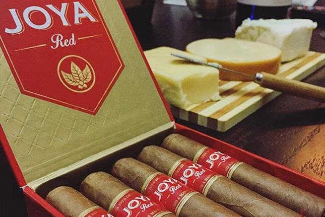joya red half coronas 1