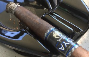joya black cigar enthusiast